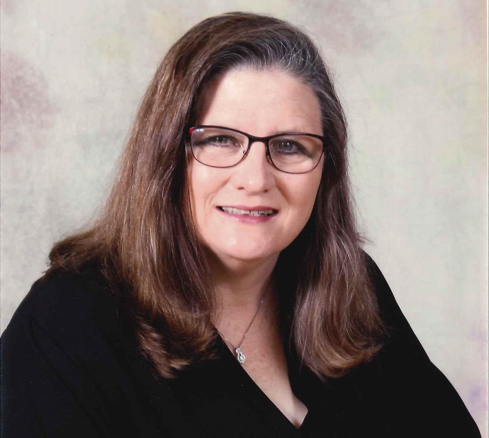 Donna Raney : Payroll/HR Analyst